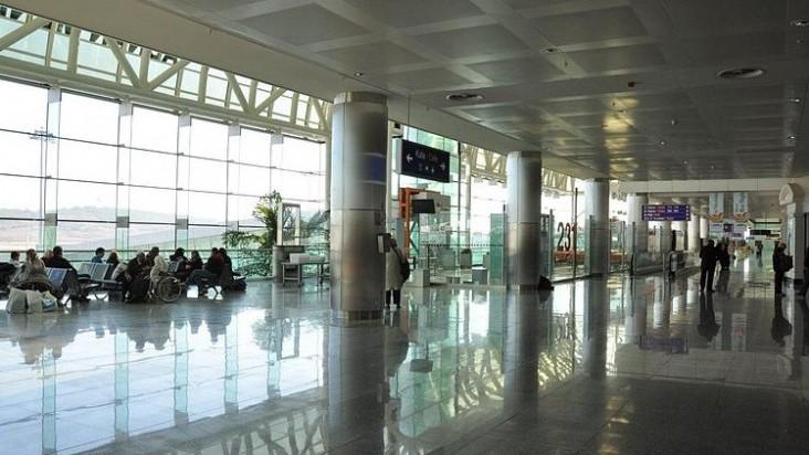 Foto Bandara di İzmir Adnan Menderes Izmir