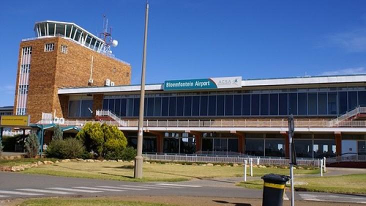 Foto Bandara di Bloemfontein  Bloemfontein