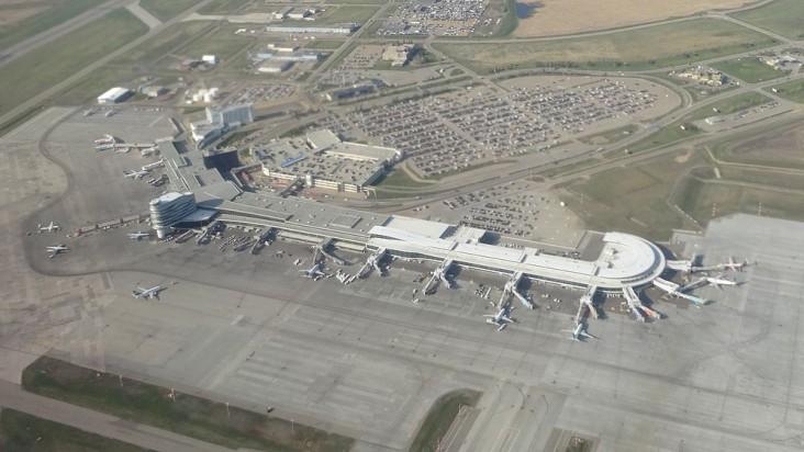 Foto Bandara di Edmonton  Leduc County
