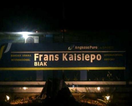 Foto di Biak (BIK)