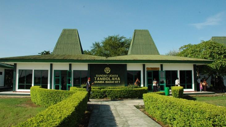 Foto Bandara di Tambolaka Waikabubak