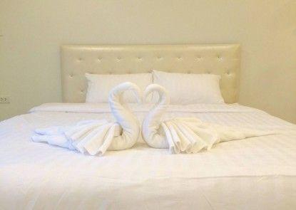 108 Beds Hostel