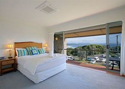 11 James Cook Apartment Holiday Rental