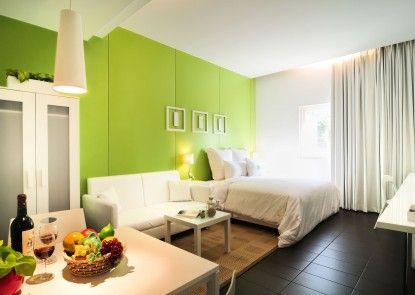 168 Green Motel