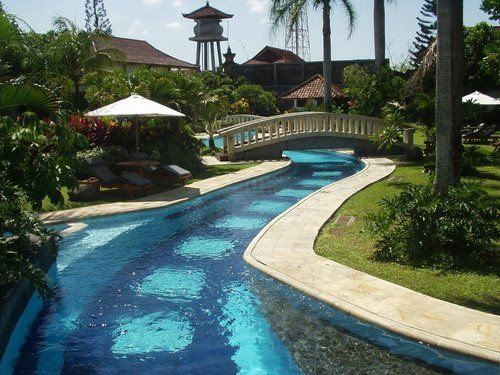 The Cakra Hotel