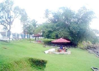 Taman Wisata Tanggo Rajo Muara Tebo