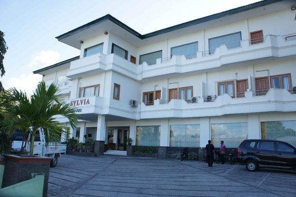 Sylvia Hotel Maumere, Sikka