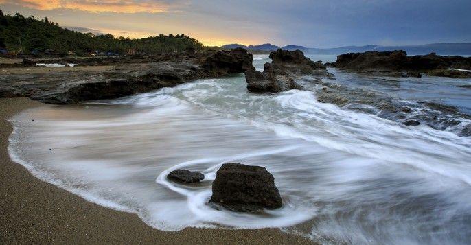 Pantai Pelabuhan Ratu Cisolok