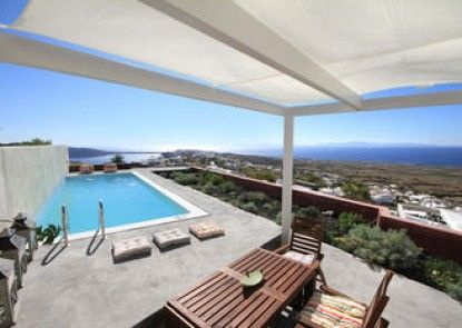 270 Oia\'s View