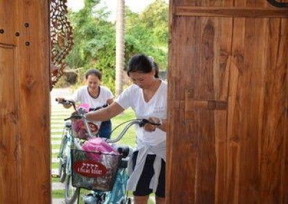 4 Palms Resort