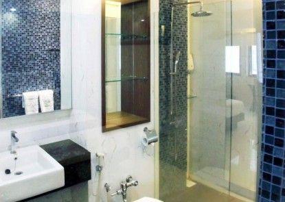 Kenari Asri Hotel Kudus Kamar Mandi