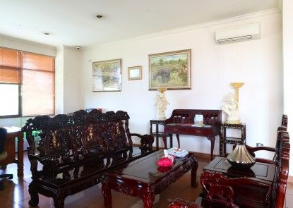 678 Hotel & Spa Jakarta Rumah Makan