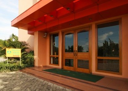 678 Hotel & Spa Jakarta Pintu Masuk
