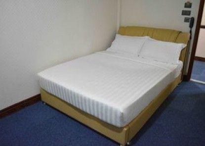 999 Hotel