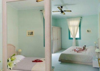 999 Luxury Hotel