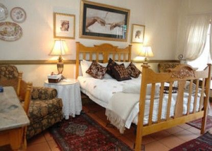 A Tapestry Garden Guest House