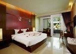 Pesan Kamar Kamar Deluks, Akses Ke Kolam Renang di A2 Resort Phuket