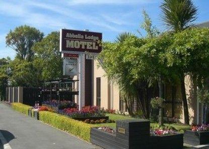 Abbella Lodge Motel