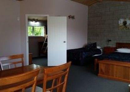 Abbey Court Motel