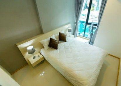 Acqua Condominium