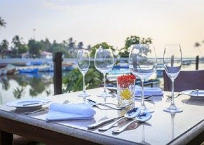 Acron Waterfront Resort