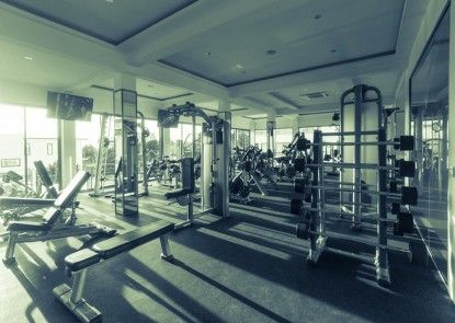Action Point Fitness Boutique Resort Teras