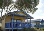 Pesan Kamar Bungalow Deluks di Adelaide Shores Resort