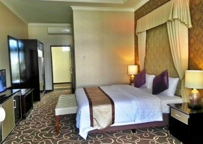 Adhiwangsa Hotel and Convention Hall Teras