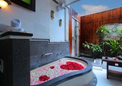 Adi Dharma Hotel Teras