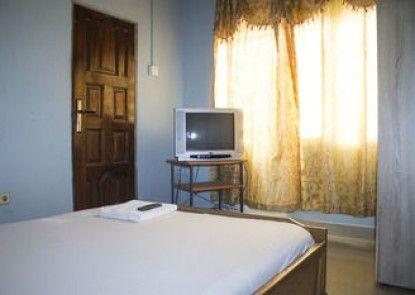 Adinkra Lodge