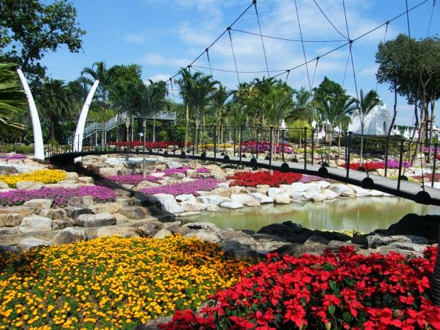 Admission to Nong Nooch Tropical Garden with Options of Lunch - Asian Market Only