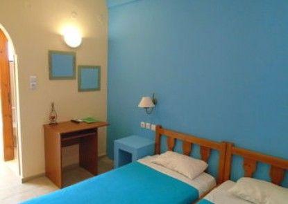 Adonis Beach - Rooms Hotel