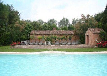 Agriturismo Tenuta Castel Venezze
