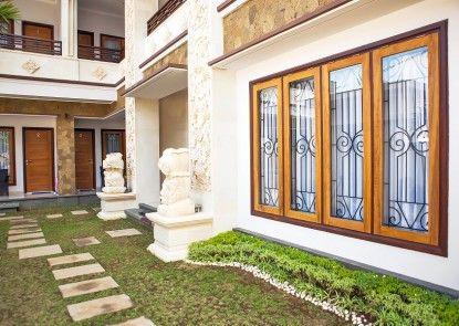 A Guest House Kuta Taman
