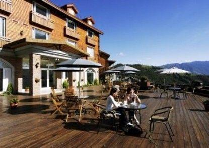Ailiga Travel Villa