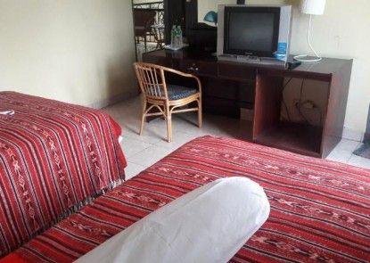 Airlangga Hotel Mataram Kamar Tamu
