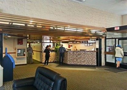 Airport Traveller\'s Inn