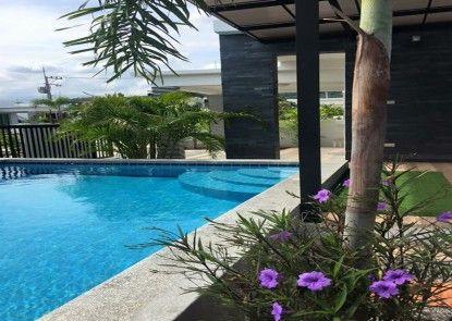 Airrin Pool Villa