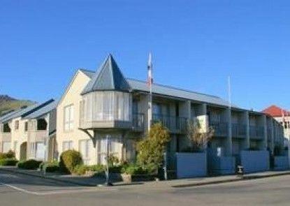 Akaroa Village Inn