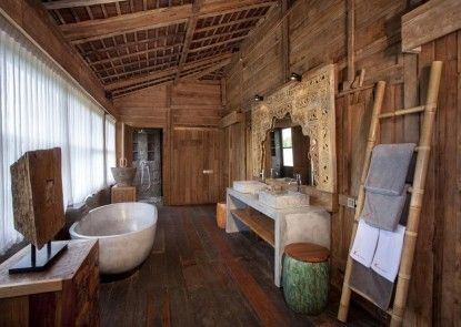 Alami Luxury Villas & Resort Kamar Mandi
