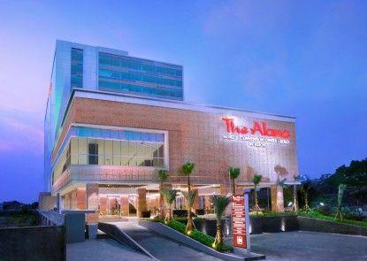 The Alana Hotel & Convention Center - Solo Eksterior
