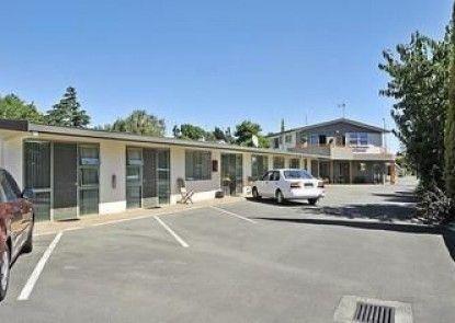 A\'la Vista Motel