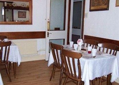 Alexandra Guest House Teras
