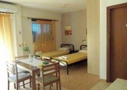 Aliveri Hotel Mandravelos