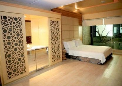 All-Ur Boutique Motel KaoHsiung Branch