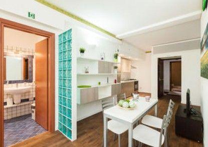 Almes Apartments
