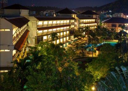 Alpina Phuket Nalina Resort & Spa Sekitarnya