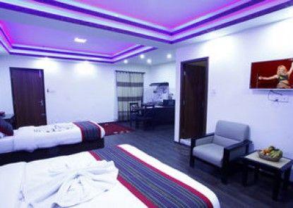Alpine Hotel & Apartment