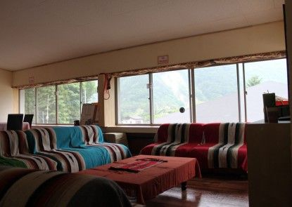 Alpine Lodge - Hostel