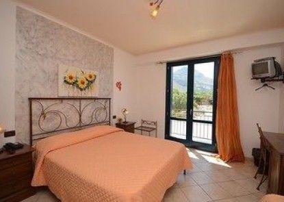 Altamarea Hotel